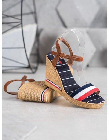 Chlapčenské topánky na suchý zips