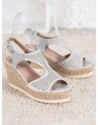 Lakované sandále s mašličkami