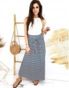 Tmavomodro-biala sukňa