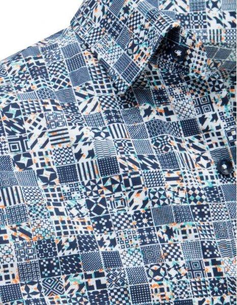 Elegantná pánska košeľa s modrými vzormi