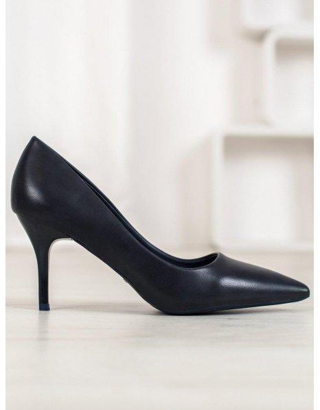 Tmavo modré športové topánky
