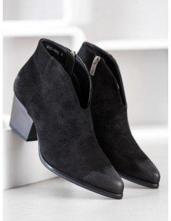 Klasické ploché sandále