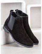 Športové topánky v čiernej farbe