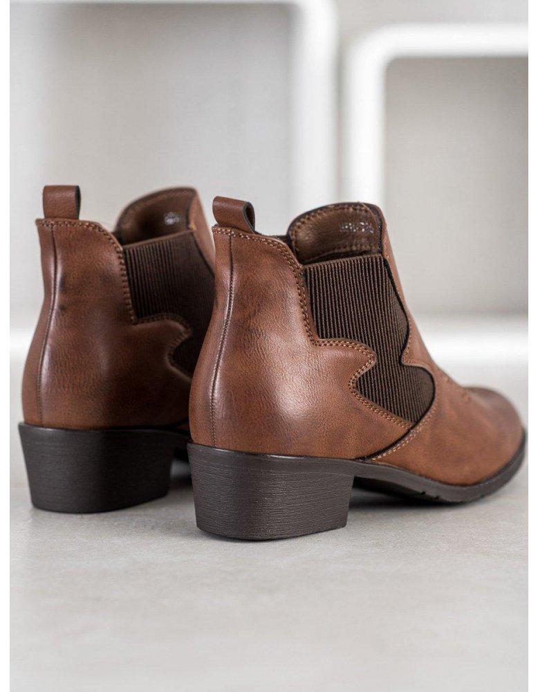 476931a6ac3a3 Pohodlné športové topánky v šedej farbe od NaSeba.sk