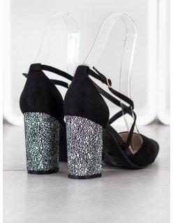 Sandále na zips