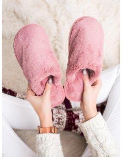 Ružové sandále s cvokmi