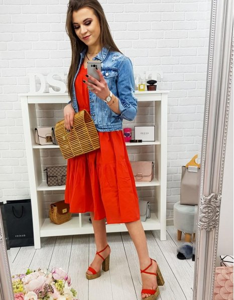 Červené šaty Elegance