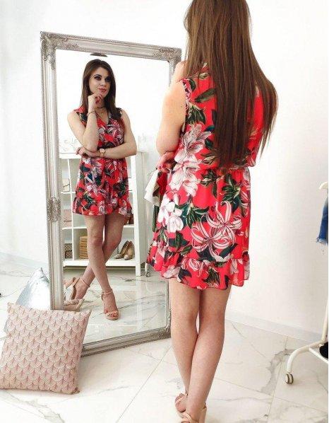 Šaty červené so vzormi