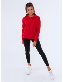 Zimná červená bunda s tmavomodrým zipsom